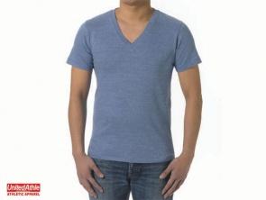 直接刺繍 VネックTシャツ オリジナル刺繍 オーダー刺繍 ネーム刺繍